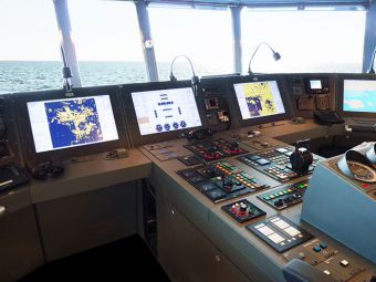 Research vessel to have Raytheon Anschutz INS